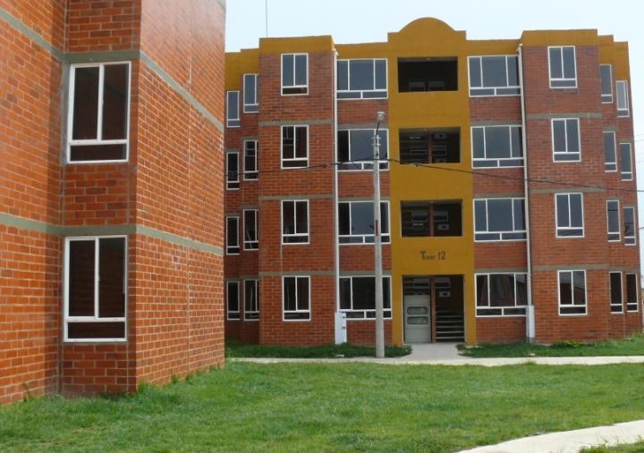 Entrega formal de 340 apartamentos en Bosques de San Luis