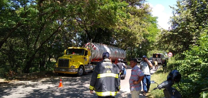 Hombre murió en el interior de un carrotanque