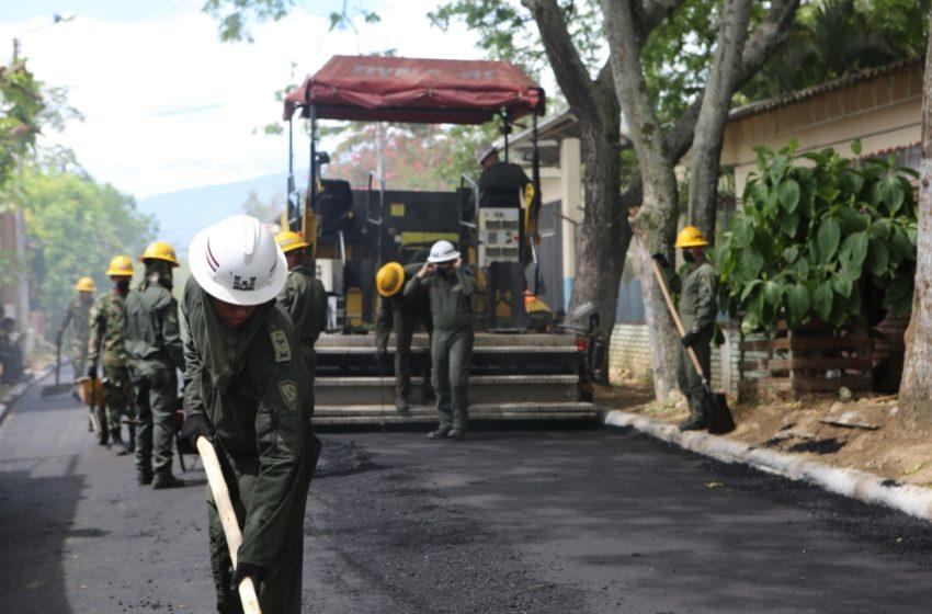 Pavimentación de vías internas en Neiva, beneficia a más de 50 mil habitantes