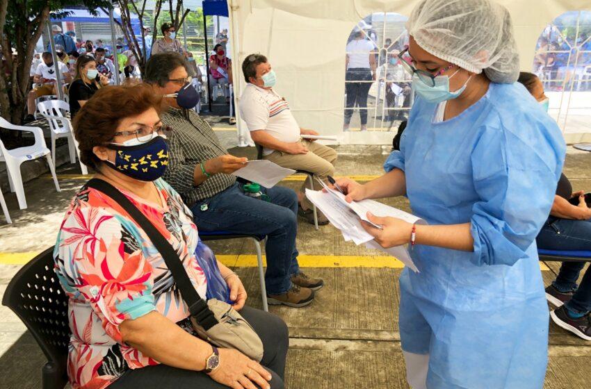 ¿Le falta la segunda dosis de sinovac? HOY habrá jornada de vacunación