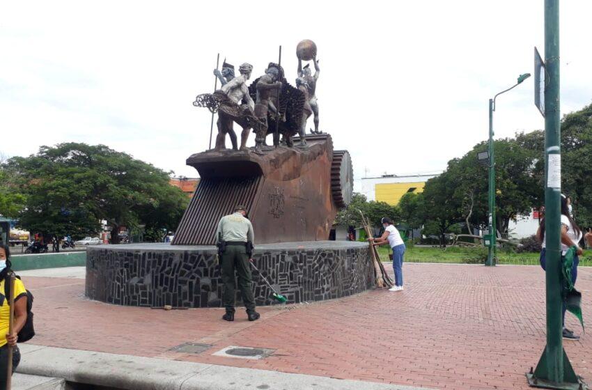 Jornada cívica de ornato en monumentos de la ciudad de Neiva