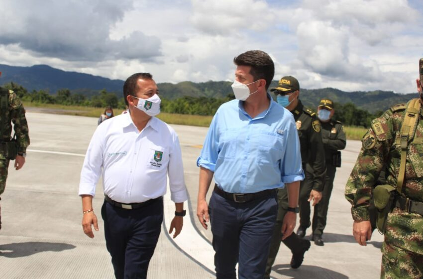 Ministro de Defensa estuvo en Pitalito